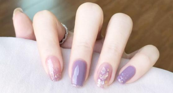 夏日冰透炫彩香芋紫晕染贝壳金箔显白美甲