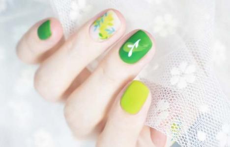 夏日绿色系清新显白美甲款式