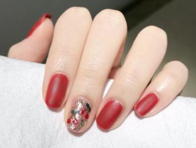 红色系磨砂樱桃美甲