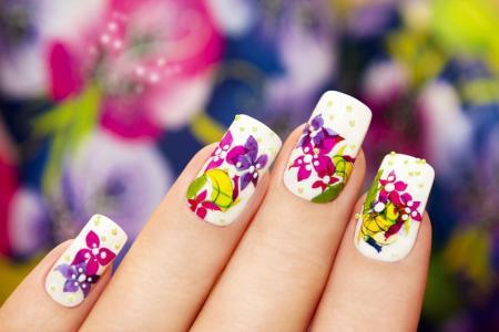创意唯美彩色花朵珠宝彩绘美甲图案