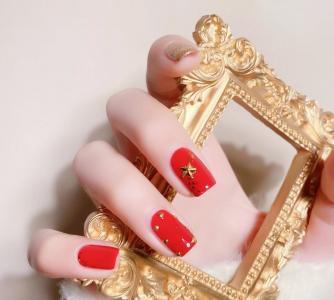 绝美的红色显白美甲款式