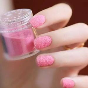甜美粉色丝绒美甲图片