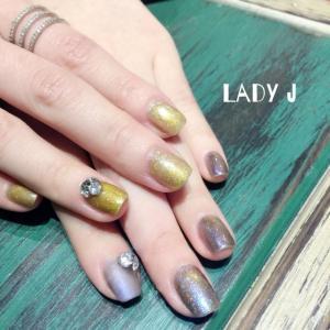 金银双色奢华美甲图片——Lady J分享