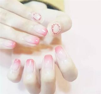 粉色系简约纯色渐变美甲