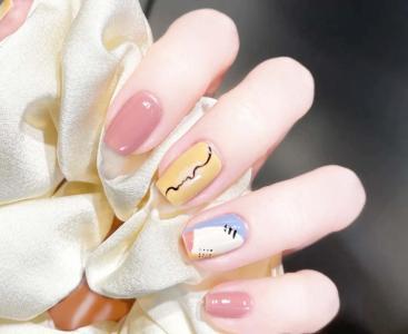 好看的春夏手绘指甲款式