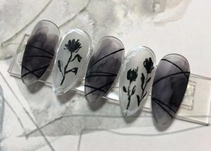 简单暗黑系玫瑰万圣节美甲最新款式