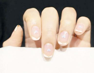治愈法式爱心指甲款式